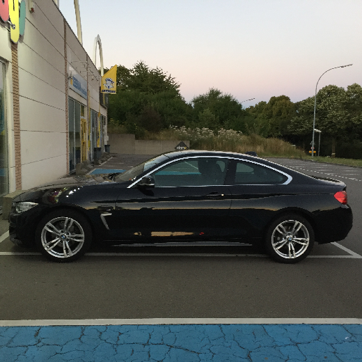 BMW Series 4 xDrive
